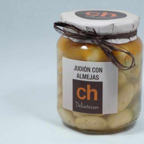 Judión with clams